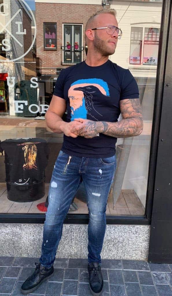 Dreamchaser 'Ekiwa' Tshirt - Denim washed 'Xplct' jeans - Black leather 'Luzerno' shoes