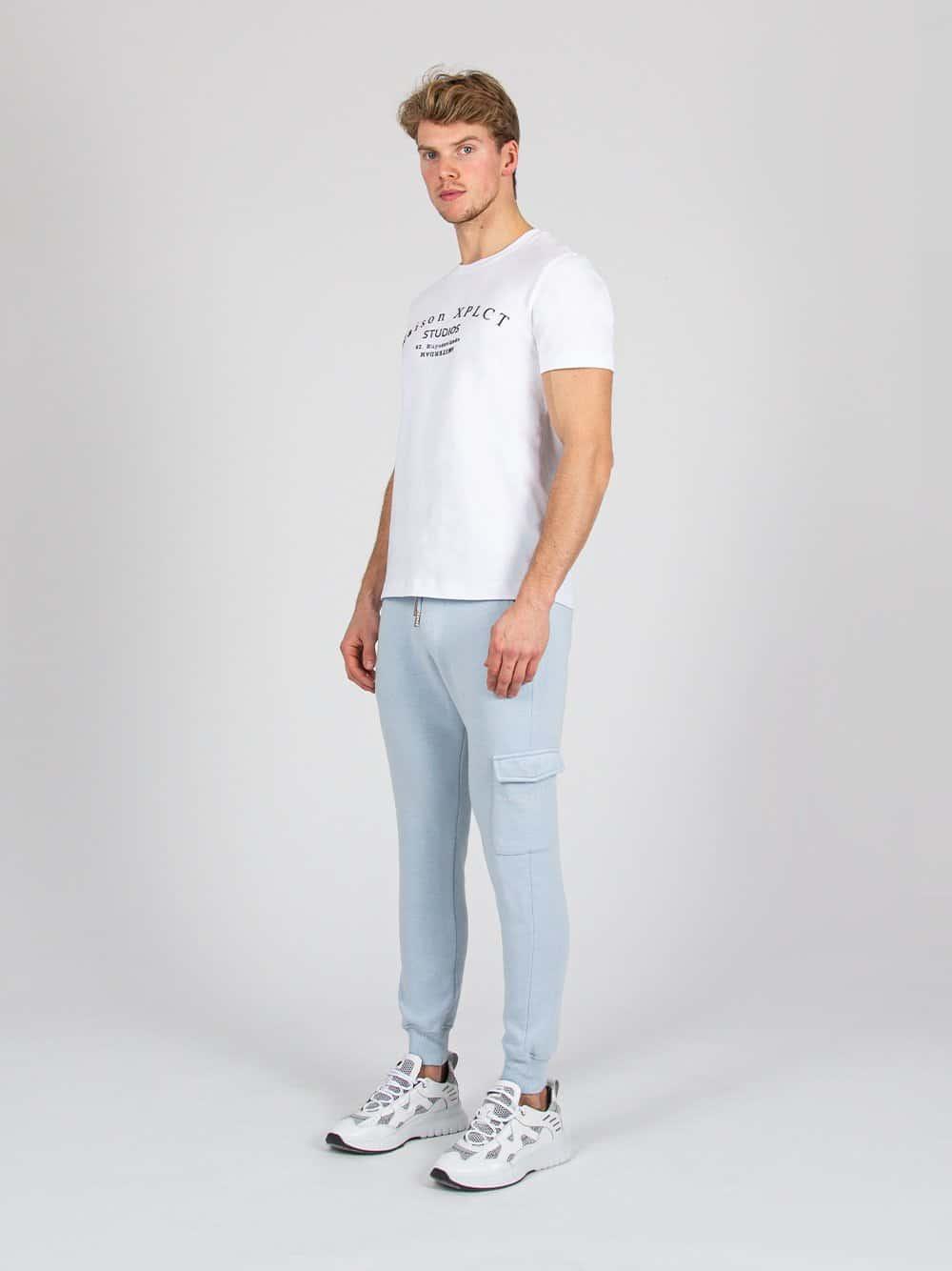 White Tee Studio XPLCT - wit T-shirt met grote afbeelding op de borst