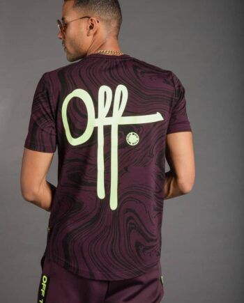 OTP Fudge Self Tee - bruin Off The Pitch shirt met glow in the dark opdruk