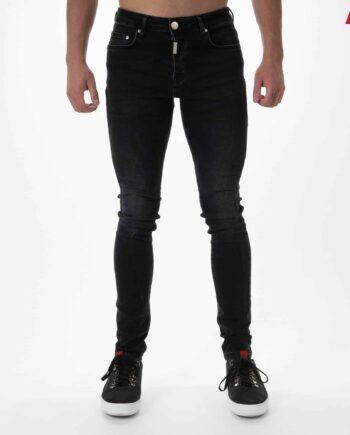 Black Basic Stretch Jeans - zwarte spijkerbroek met lichte wassing en badge op de achterzak